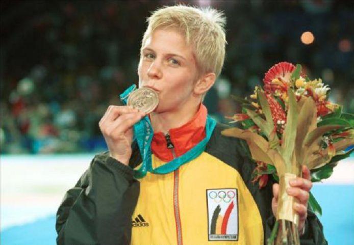 Ann Simons behaalde brons op de Olympische Spelen van Sydney (2000).