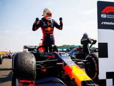 Formule 1-feestje: Op een groot scherm naar Max Verstappen kijken