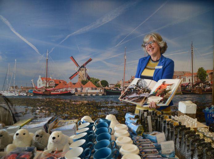 Karin Boot is al dertig jaar hét gezicht van de VVV in Zierikzee.