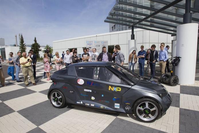 De NOVA, de TU/e-inzending van vorig jaar, bij de presentatie op de Automotive Campus in Helmond.