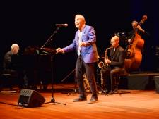 Delftenaar Ferry Verschuyl (Bijna 84) in finale Songfestival voor ouderen: 'Mooi verjaardagscadeau'