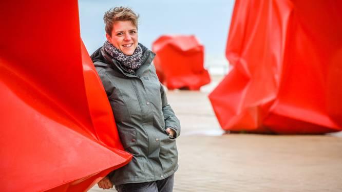 """Hetty Helsmoortel (34), van kankeronderzoeker tot muze voor jonge nerds: """"Dit is een droom. Ik heb al vijf ideeën voor boeken op mijn wachtlijst"""""""