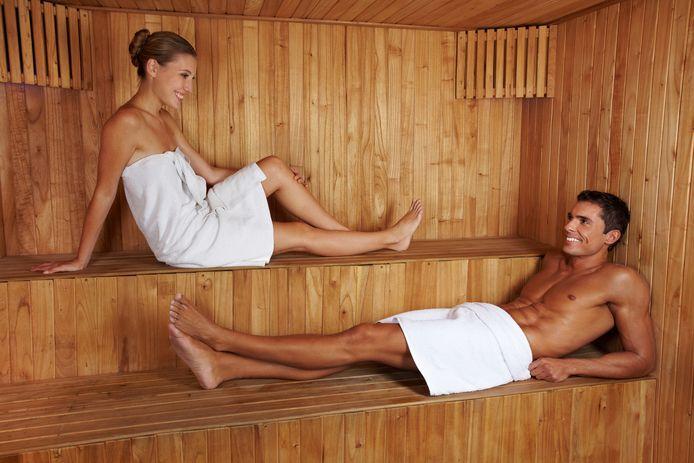 Saunabazen zijn blij dat de stoomhokken weer open mogen.