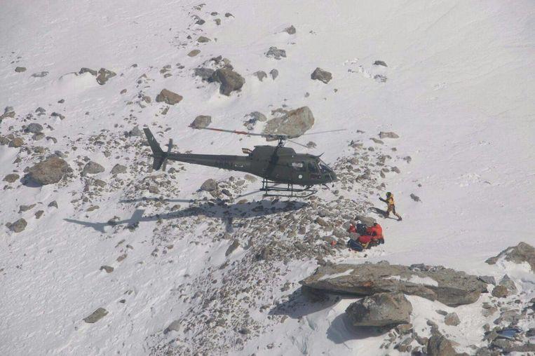 Leden van de Poolse K2-expeditie redden Élisabeth Revol op Nanga Parbat op 28 januari 2018.