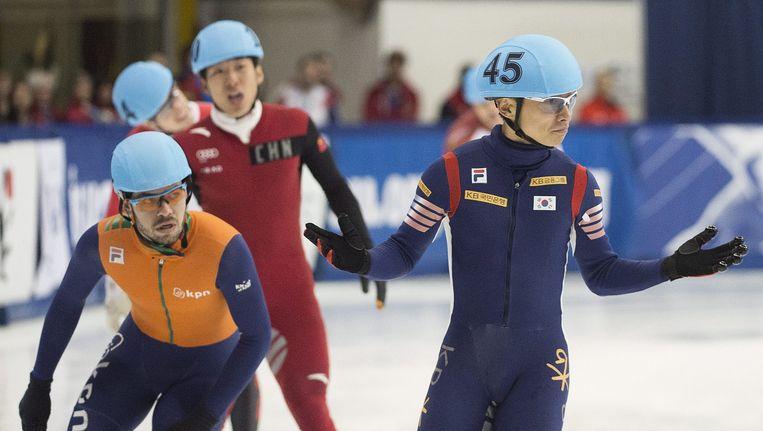 Sjinkie Knegt en Kwak tijdens de wereldbekerwedstrijd van vorige week. Beeld ap