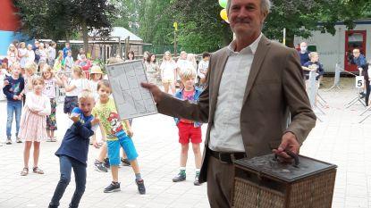 Schooldirecteur Paul De Wilde krijgt duif mét stamboom als afscheidscadeau na rijkgevulde carrière