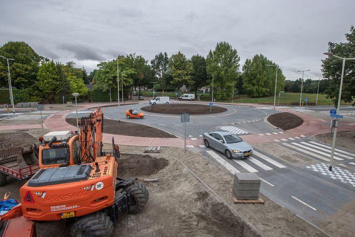 Woensdag 12 september 2018 werd de nieuwe rotonde in Halsteren geopend.