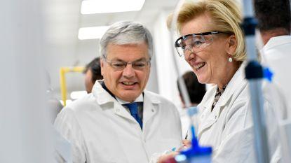 Er hangt chemie in de lucht tussen Reynders en Astrid