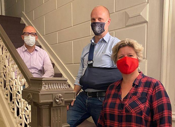 Ben Van Hoof (Saillart Catering), Yves Van Dijck (Salons Magnus) en Ilse Delaere (Cook & Style) van de werkgroep 'Catering & Feestzalen'.