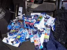 Mannen met tassen vol opzetborstels gearresteerd in Zwolle