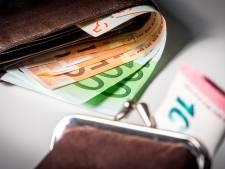 Ouder echtpaar beroofd van portemonnee in Tilburg