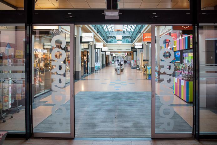 Lege winkelstraten in Veenendaal door het coronavirus.