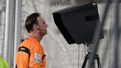 Twee referees gebuisd, anderhalve week voor start competitie