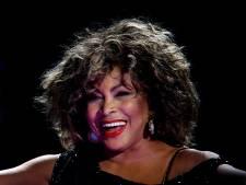 Tina Turner viert 80e verjaardag: ring en stukje Armani-jurk voor 800 fans