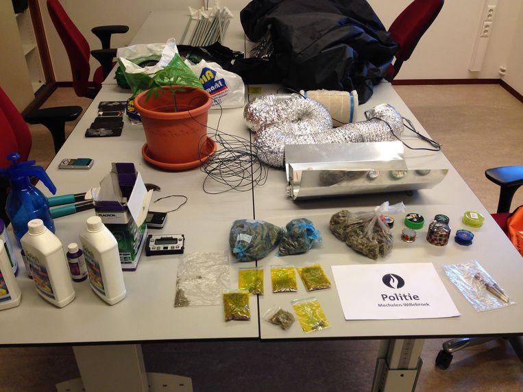 De wijkinspecteur deed een onverwachte vondst in het appartement op de Frans Halsvest.
