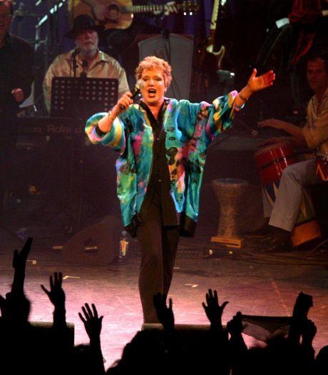 Optreden Astrid Nijgh bij café Koetje verplaatst naar volgend jaar wegens corona
