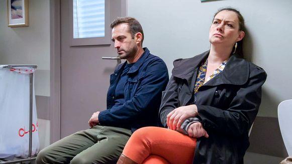 Familie - Gunter De Batselier (Peter), Patsy Van der Meeren (Gloria)