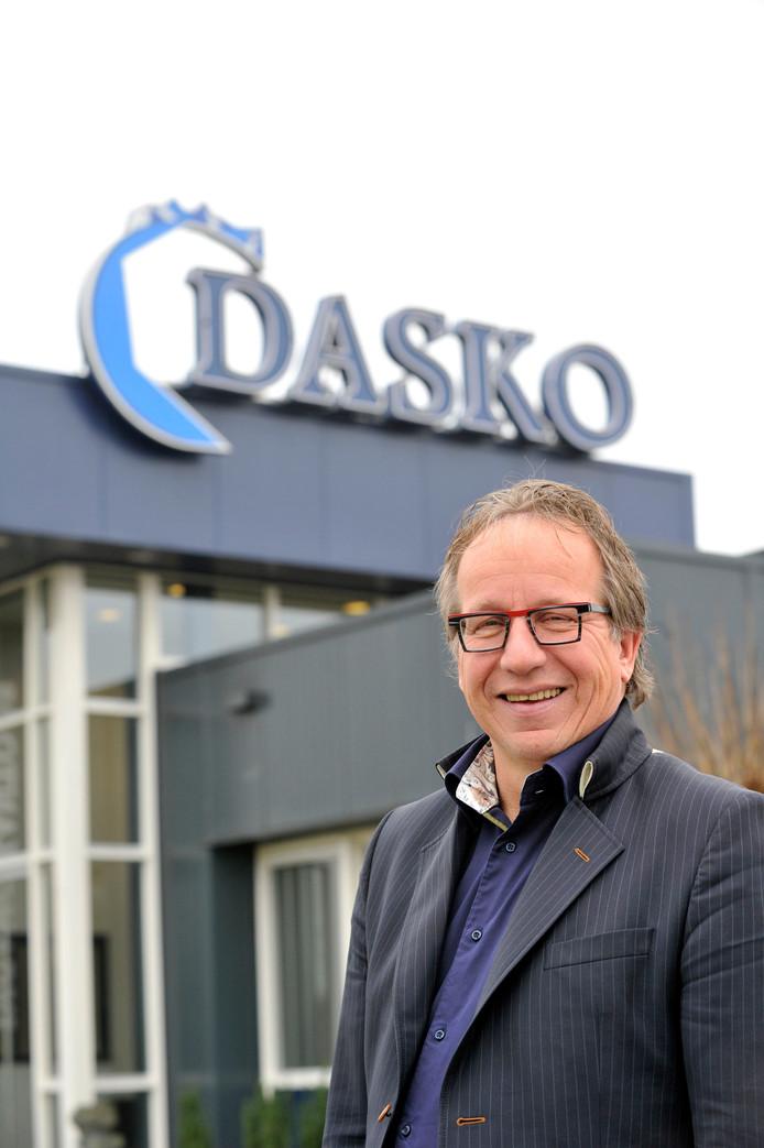 Bertus Dasselaar, zaterdag voor het laatst als voorzitter van DOS'37 bij de derby