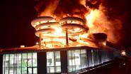 """Zwembadbrand inspireert Revue: """"We hebben geen brandversnellers gebruikt, enkel glijmiddel"""""""