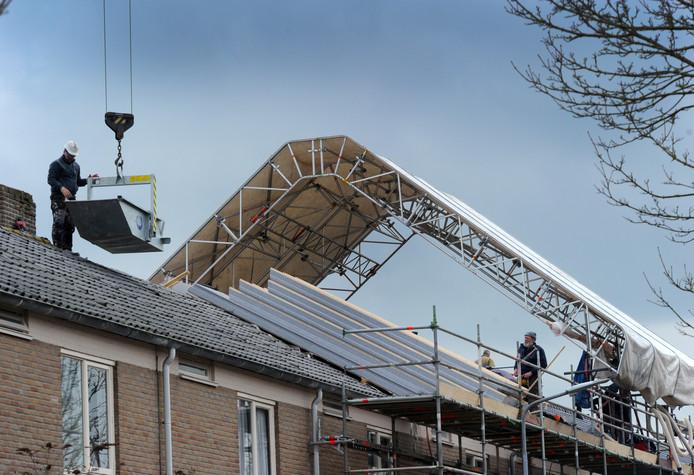 Woongoed Middelburg pakt in Middelburg-Zuid enkele honderden woningen aan en neemt onder meer maatregelen tegen vocht en schimmel.