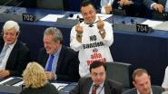 Twee Europarlementariërs geschorst vanwege nazigroet