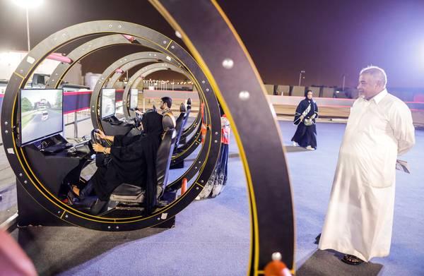 **Saoedische vrouwen voor het eerst achter het stuur**