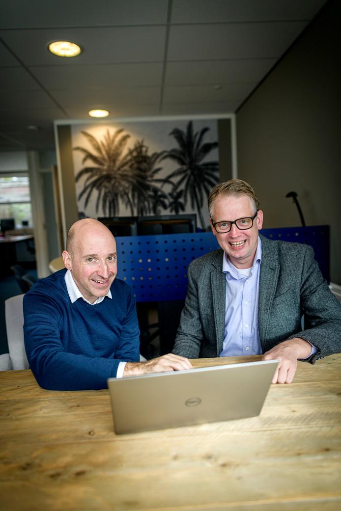 """Rob Segerink (links) en Jarno Beumer: """"We zijn ervan overtuigd dat mensen voor goede digitale hulp meer over hebben dan een glaasje cola."""""""