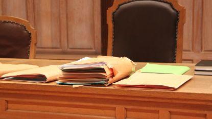 """Veertigtal corona-overtreders voor rechter: """"Sommigen hier hebben geen 'kot' om in te blijven"""""""