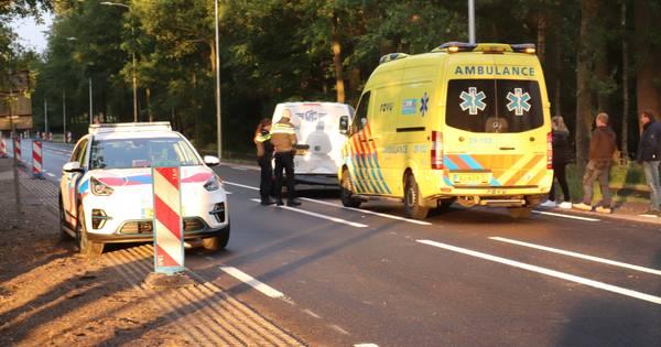 Botsing tussen auto en bestelbus op Utrechtseweg in Renswoude.