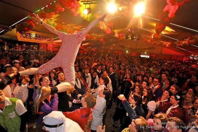 Het Kapellenfestival Toeten & Bloazen trok jaren duizenden bezoekers.