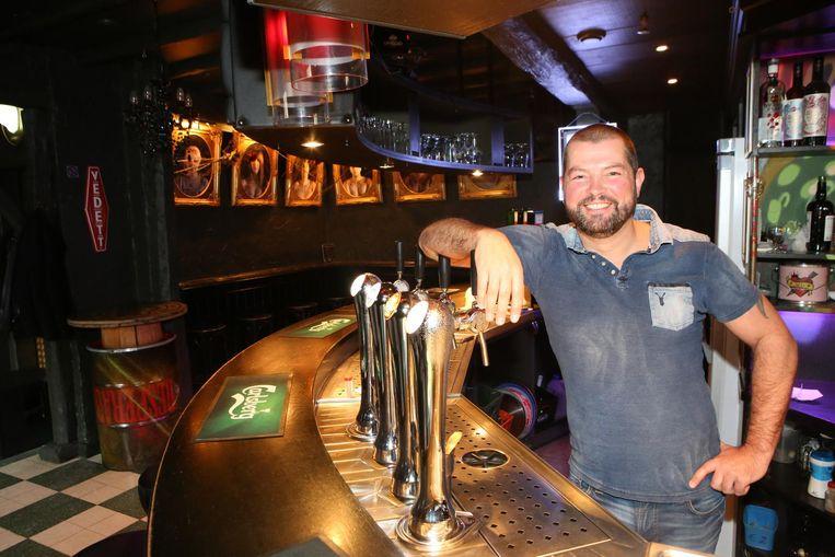 Wim Ottenbourg, al 22 jaar uitbater van Café Patria.