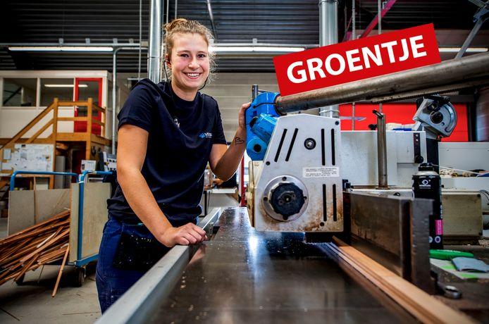 Groentje Priscilla van Kooten uit Nieuwerbrug. Ze werkt als houtbewerker bij Verweij in Nieuwerbrug.