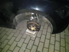 Heterdaadje in Almelo: twee mannen gearresteerd na stelen van velgen van auto's