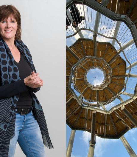 Onze samenleving wiebelt met de toren in het Tilburgse Spoorpark mee