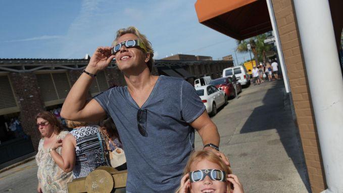 IN BEELD: Zo zag Amerika de zoneclips