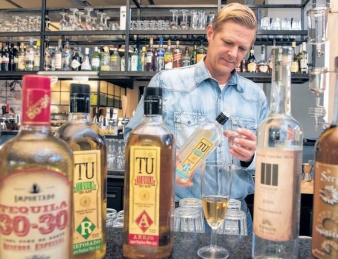 Jeroen Schweitz: ,,je hoort tequila te behandelen als een goede wijn of whisky.''