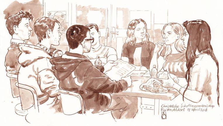 Op de voorgrond van links af: rechters Floris, Renzo en Gopal-Raj. Op de achtergrond van links af: beklaagde Manuel, zijn advocate Britt, advocaat van de school Iris en aanklager Ellaha. Beeld Aloys Oosterwijk