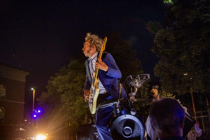 Optreden van Gajes, tijdens Deventer op Stelten in 2018.