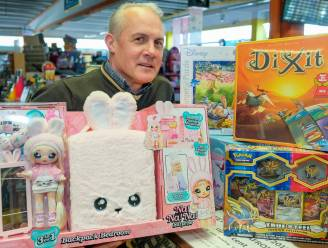"""Ook Sint vindt al jaren de weg naar Toys Tempel: """"Dit staat dit jaar bovenaan het lijstje van Sinterklaas"""""""