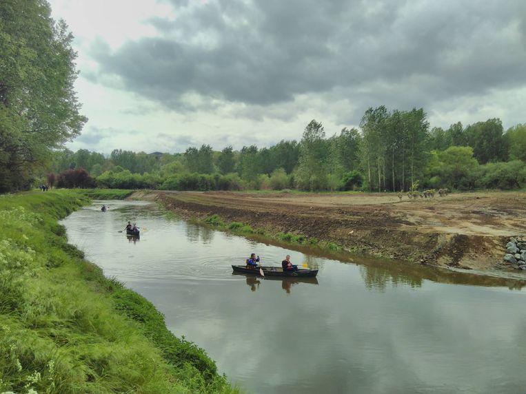 Minister van Openbare Werken Weyts en minister van Landbouw Van den Heuvel gingen te water.