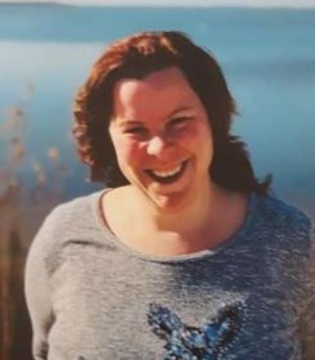 Politie in Lelystad zoekt naar vermiste en verstandelijk zwaar beperkte Jennifer (35)