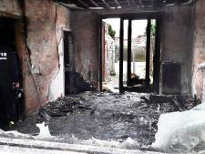 Man uit Almelo bekent brandstichting in eigen woning