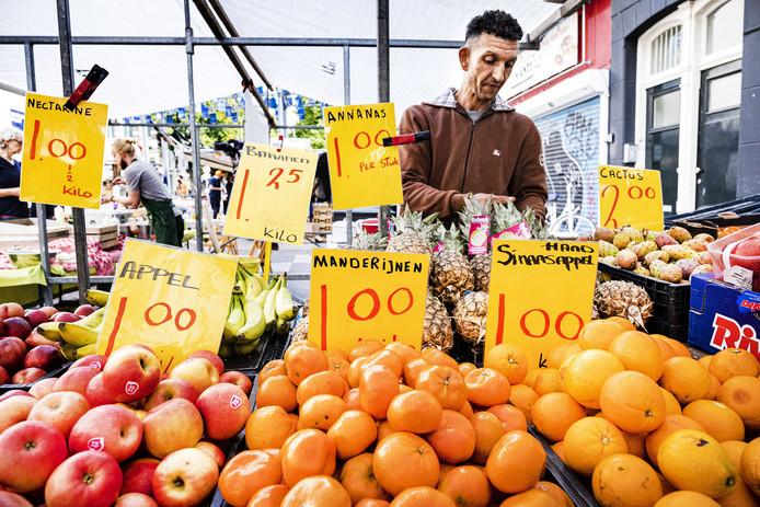 Groenten en fruit op de Albert Cuypmarkt.