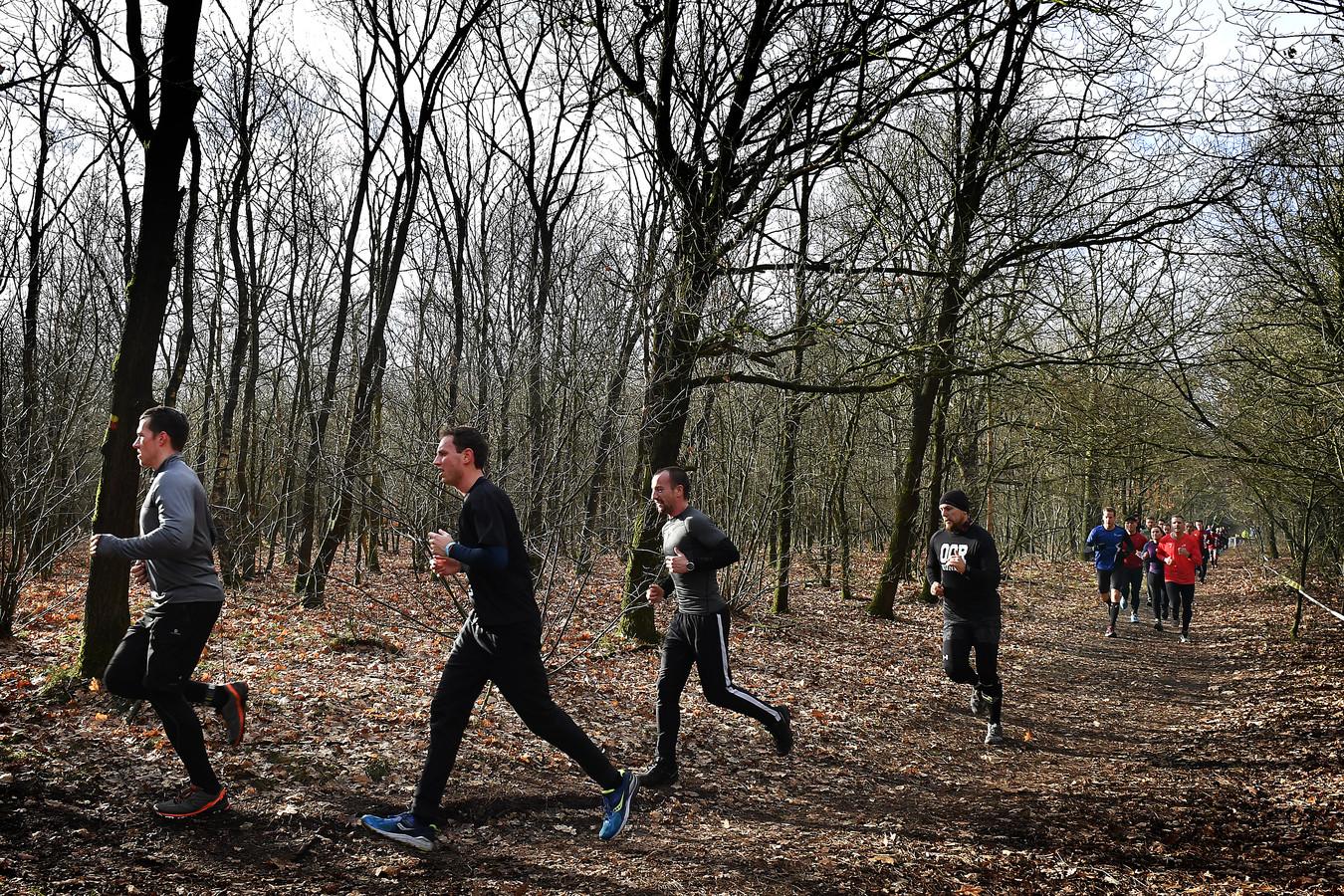 Wanroij: 09-02-2019; DG_FotoStrong Viking Winter Trail Run eerste editie.Het Strong Viking concept bestaat al enige jaren en wordt door heel europa gehouden.Vandaag was de eerste editie van de Winter Trailrun bij de Bergen. De routes van 7 tot 42 km gingen allemaal richting staatsbossen.Foto: Ed van Alem