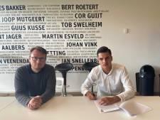 Vitesse beloont talenten Leeflang en Mostert met contract