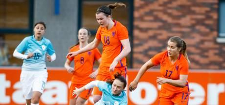 Rebecca Doejaaren bezorgt Oranje O19 historische zege
