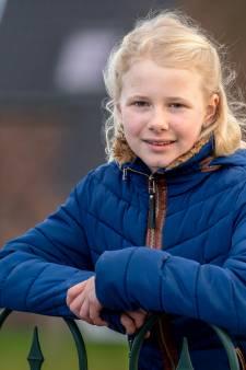 10-jarige Emma zit al bijna een jaar thuis: 'Ik zou heel graag gevaccineerd willen worden!'