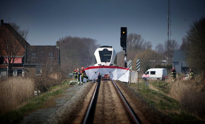 Schooluitje eindigt in drama na treinbotsing: twee doden.