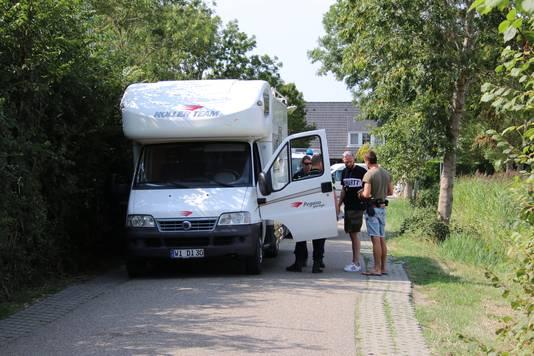 De camper waarin de familie woonde, werd op 16 augustus bij Aagtekerke aangehouden.