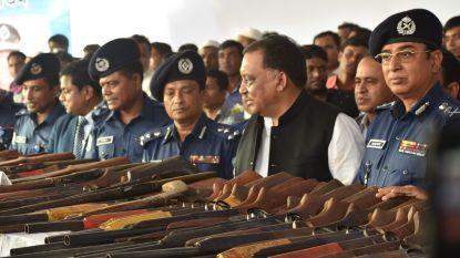Honderd piraten uit Bangladesh geven zich over tijdens ceremonie